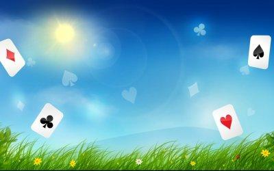 Les avantages des tournois de belote en ligne ?