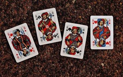 Cinq conseils pour gagner à la belote